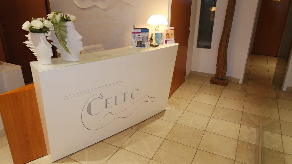 l'entrée de la Clinique de Chirurgie Esthétique Lyon Tête d'Or CELTO